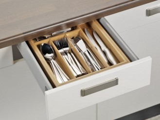 Cutlery tray SIMON made of bamboo, suitable for all common draws extendable from ca. 28.5 to ca. 40.0 cm,